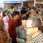 Menteri Agraria Serahkan Sertifikat HGB kepada Ratusan Pedagang Suryokusumo Tlogosari