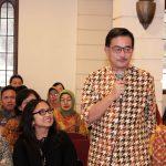 Ferry M Baldan Memberikan testimoni pada Haul Cak Nur ke 11